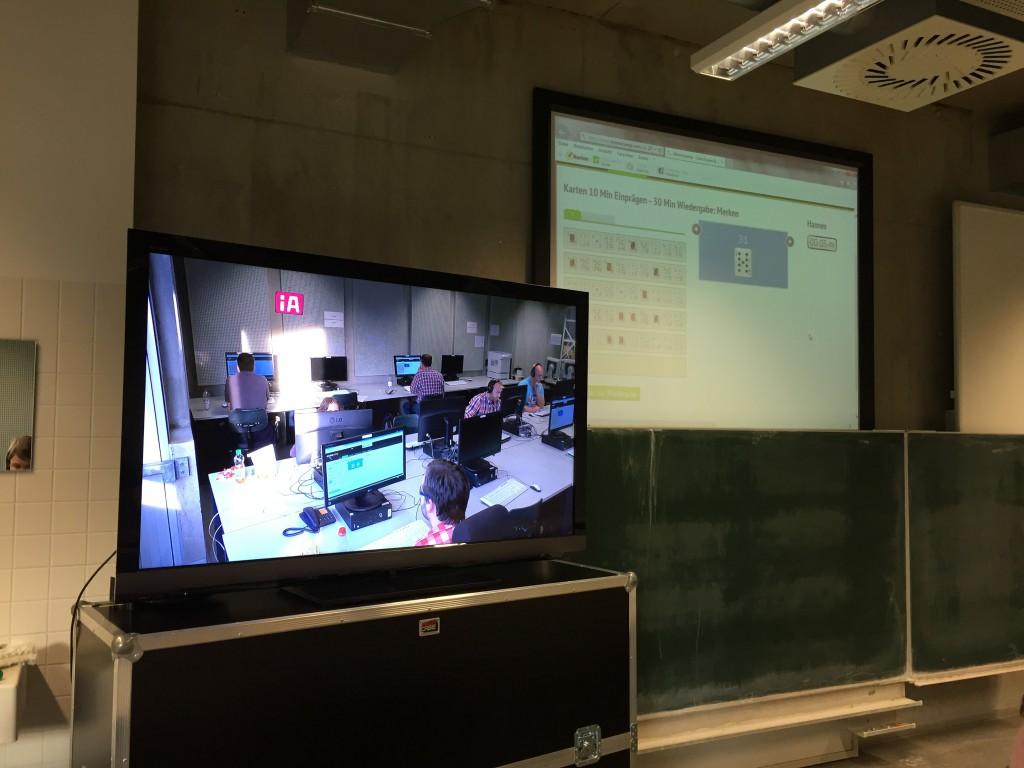 Live-Übertragung in den Zuschauerraum